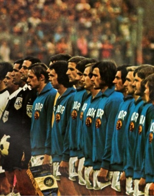 alemania_occidental_vs_alemania_oriental_1974_400_01