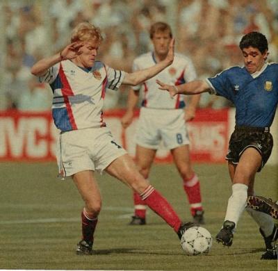 argentina_yugoslavia_maradona_prosinecki_400