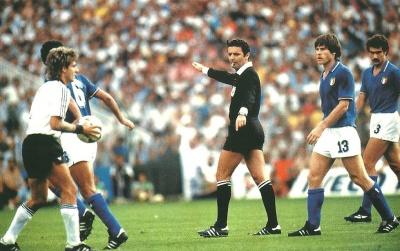 arnaldo_coelho_final_italia_alemania_1982_400