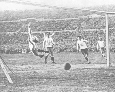 cuarto_gol_uruguay_final_400