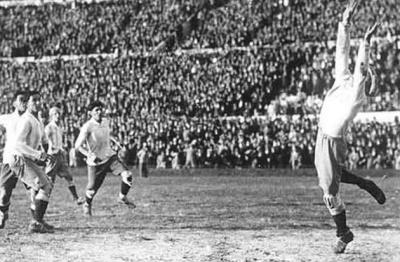 final_1930_gol_uruguay_1_400