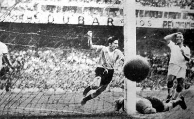finale_uruguaybrasil_gol_ghiggia_foto_habitual_400