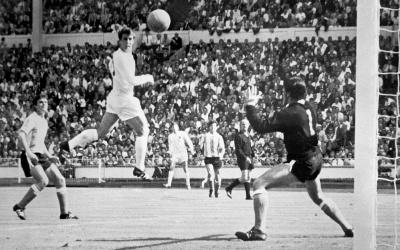 gol_hurst_argentina_400