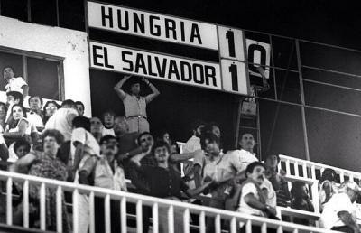 hungriael_salvador_101_espana_1982_400