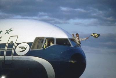romario_avion_400