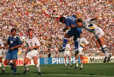 romario_suecia_semifinal_1994_400